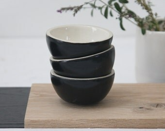 Ceramic set of small bowls in black and white.ceramic bowl set,ceramic bowls,ceramic dipping bowl,small dipping bowl,ring dish,ceramic bowl