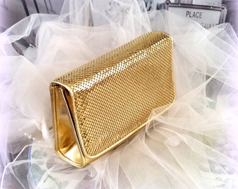 WHITING & DAVIS CLUTCH - Gold Tone Metallic Mesh - Vintage Purse - Designer Handbag