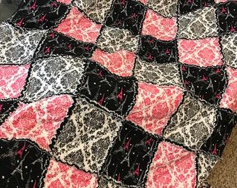 Eiffel Tower Paris Pink Black Rag Quilt (free shipping )
