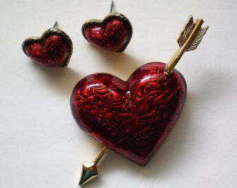 Avon Red Heart Arrow Pin with Earrings Valentine's Set - 5337