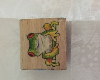 D044    Frog Rubber Stamp