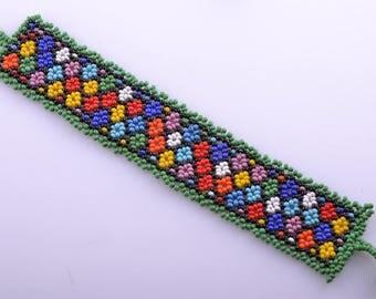 African Bead Vintage Bracelet ( 868b4)