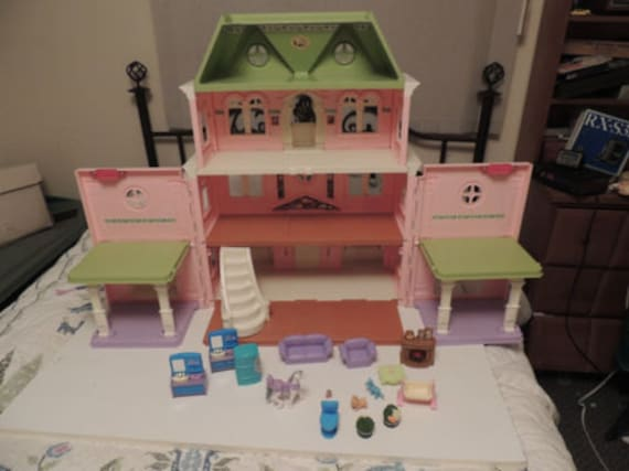 Fisher Price HUGE Loving Family Grand Victorian Mansion Doll House Furniture