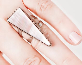 Vintage Ring - Vintage Handmade Sterling Silver Mother-Of-Pearl Triangle Ring