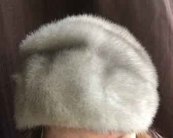 Vintage Ladies Gray Fur Hat