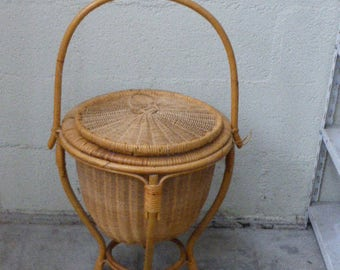 seamstress, basket wicker storage with rattan lid and handle in vintage bamboo 1960