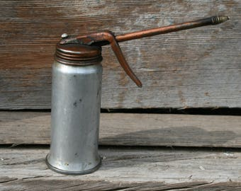 Vintage Oil Can / Oiler