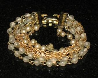 Coro 5 Strand Bead and Gold Tone Chain Bracelet 7 inch