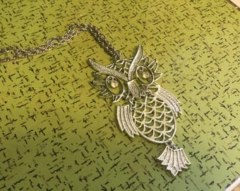 Vintage 70's owl necklace articulated  rhinestone eyes