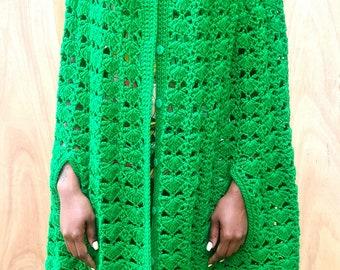 Vtg 1970s Hand Knit Shawl
