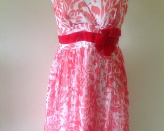 Red dress, size 12. Gorgeous dress, feminine red, floaty dress, billowy dress, ethereal dress.Makes you feel good to wear it.