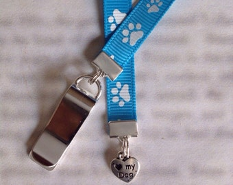 Love My Dog bookmark with clip - Attach clip to book cover then mark the page with the ribbon. Never lose your bookmark!