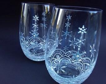 Christmas Wine Glasses, Holiday Wine Glasses, Hand Painted Wine Glasses, Stemless Wine Glasses, Christmas Stemless Glasses