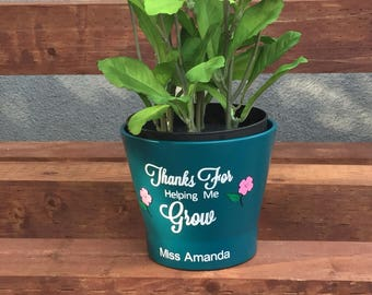 Thanks For Helping Me Grow Flower Pot, Teachers Gift, Great for Teacher Appreciation Gift. First Day of School. Back to School Gift.