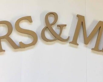 Mrs and Mrs Wooden Letters Wedding Table