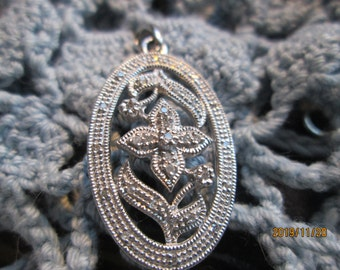 Lovely Handcrafted .28ctw Genuine H SI Diamond 925 Sterling Silver Drop Pendant, Weight 4 Grams