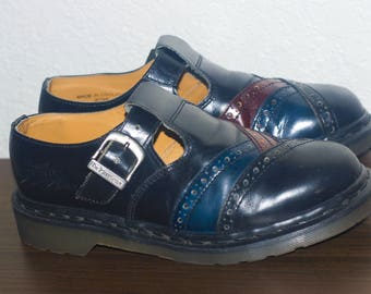 RESERVED For norarickey1. Vintage Dr Martens 8298 Black Leather T Strap Mary Janes. Made In England. Women Size Us 9,Uk 7, Eur 39.5