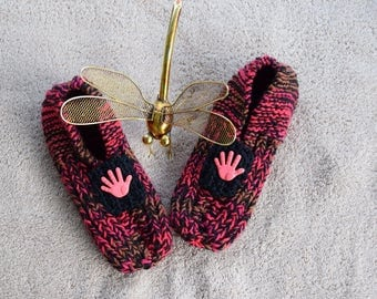 Hand knitted Ladies Bed Socks/Bed Slippers (Medium)