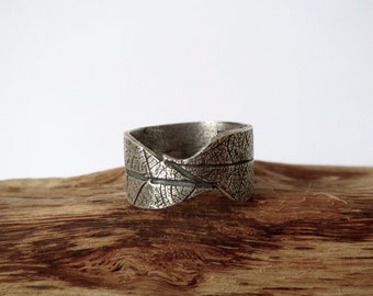 Leaf Skeleton band ring