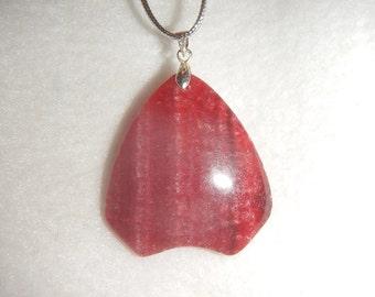 Arrowhead-shaped Rose Pink Rhodochrosite pendant (JO319)