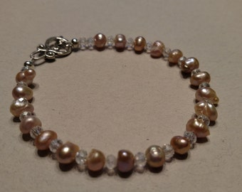 Freshwtater Pearl and Crystal Bracelet, Women's Bracelet, Pink Jewelry, Delicate Jewelry, Feminine Jewelry, Gift for Her