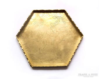 Vintage brass Chinese engraved tray, hexagonal chased tray, raised edge tray,Chinese woman and boy,tea /sake serving, home decor,living room
