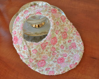 Baby bib Liberty fabric tana lawn Felicite pink and white sponge cotton fabric (baby up to 6 months)