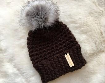 Chunky crochet hat, winter toque, Pompom hat, Faux fur pompom hat, Crochet baby hat, Chunky toddler hat, Crochet women's hat