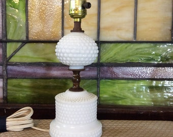 Vintage Hobnail Milk Glass Lamp, Milk Glass Lamp, Milk Glass, Hobnail, Table Lamp, Vintage Lamp, Bedroom Lamp, Vintage Milk Glass