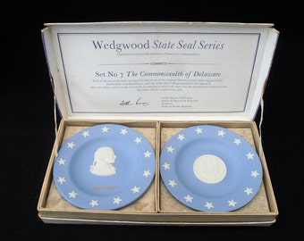 Wedgwood State Seal Series. Number 7  Delaware Commemorative. Declaration Of Independance. British Made