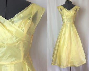 Xxs/xs ** 1950s PALE YELLOW raw silk Lorrie Deb party dress ** vintage fifties designer Belle dress