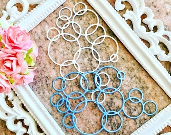 Loopy Bubbles cut out. 1 pack of 5pcs. Material : double sided cardstock