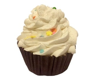 Vanilla Cupcake Bath Bomb