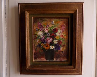 Stunning oil painting of vibrant flowers in a vase, still life / nature morte, signed and dated, by well known artist Jacques M G Dunoyer.