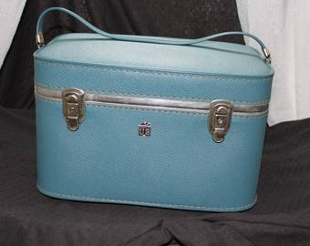 Blue Luggage by US Train Case