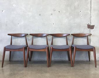 Set of Four Mid Century Modern Dining Chairs (1A8NZT)