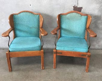 Pair of Monterey Side Chairs (XH3RXD)