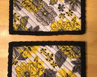 Chenille Potholders Pair - Black, Grey, Yellow Floral