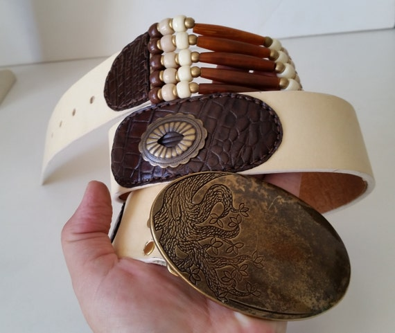 """WHITE LEATHER BELT with Brown Horn Beaded Insets, Handstitched  Reptile Print Appliques, Brass Conchos, Buckle. For 34-38"""" Waist Size."""