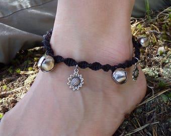 Adjustable ankle bracelets