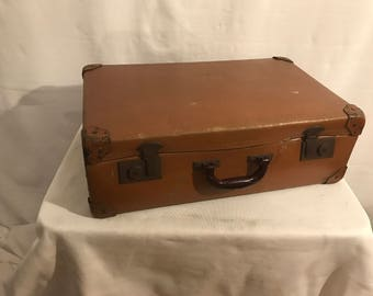Old suitcase travel Brown trunk + reinforcements year 1950 Vintage