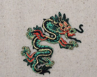 SMALL - Chinese Dragon - Green - LEFT or RIGHT - Embroidered Patch - Iron on Applique - 683056