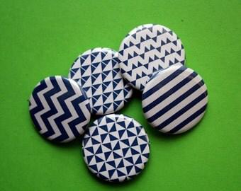 Set 5 Magnete//32 mm//Kühlschrankmagnete//Küchendeko//geometrische Muster//blau-weiß//von stuudio