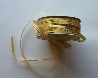 "1/4"" Gold Glitter Ribbon - 25 Yards"