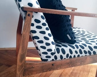 Reloved Armchair . White Dalmatian