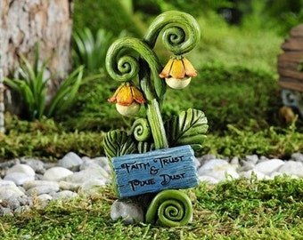 Fairy Garden  - Enchanted Forest Lamp Post - Miniature