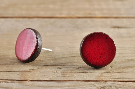 SMALL glossy red round stoneware stud earrings