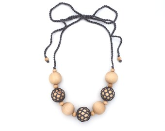 Baby Wearing - Crochet Necklace - Nursing Necklace - New Mom Gift - Crochet Mom Necklace - Nursing Mom Gift Idea - New Mom Necklace-Meadoria