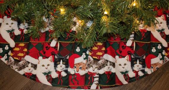 christmas tree skirtcats kittenschristmas