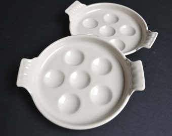 Pair of Vintage French Beige & White Le Creuset Cast Iron Enamel Snail Dishes Plates Escargot Pans